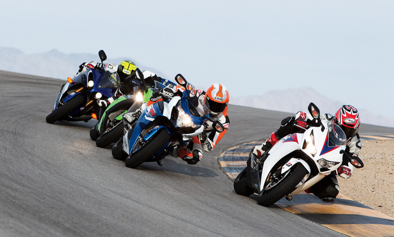 A motorcycle race serves as a metaphor for change management and how people analytics can support these types of initiatives